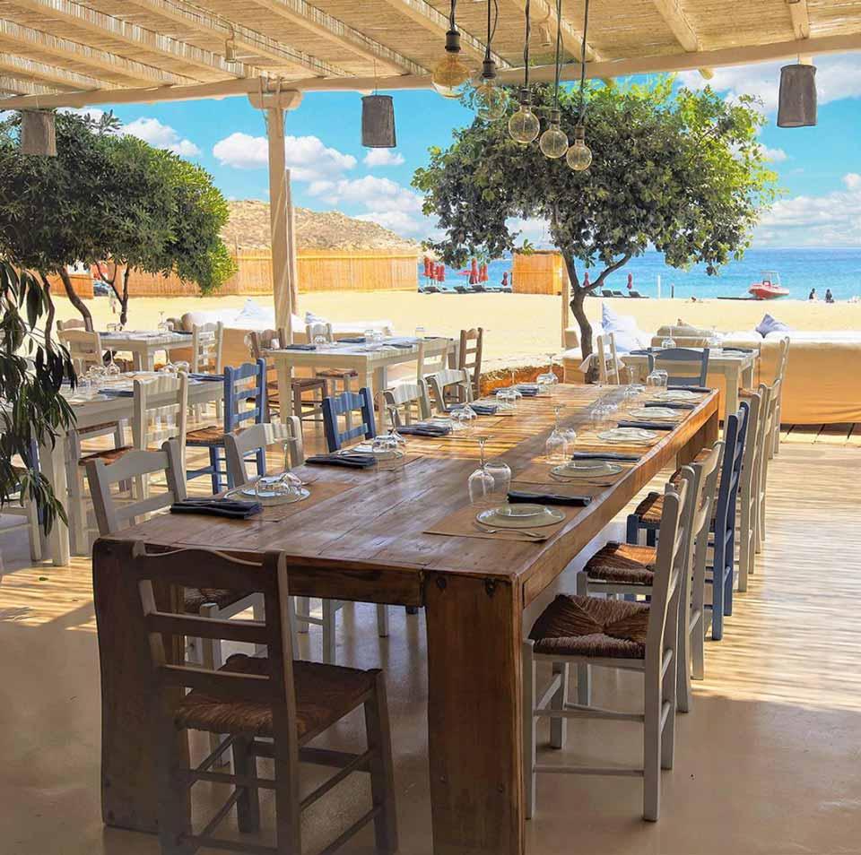 Liasti - Lia Beach - LLB Luxury Villas & Suites